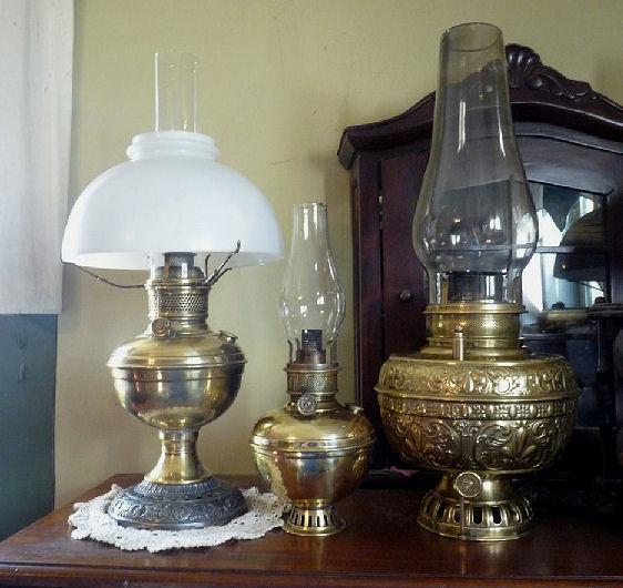 Center Draft Lamps